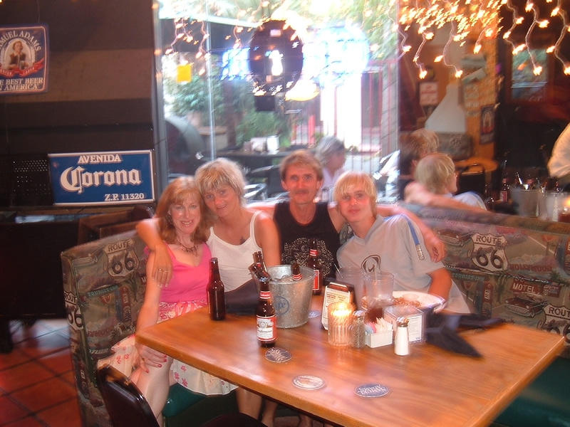 Palm Springs California - Carmel with the Crazy Ramms in the Village Pub