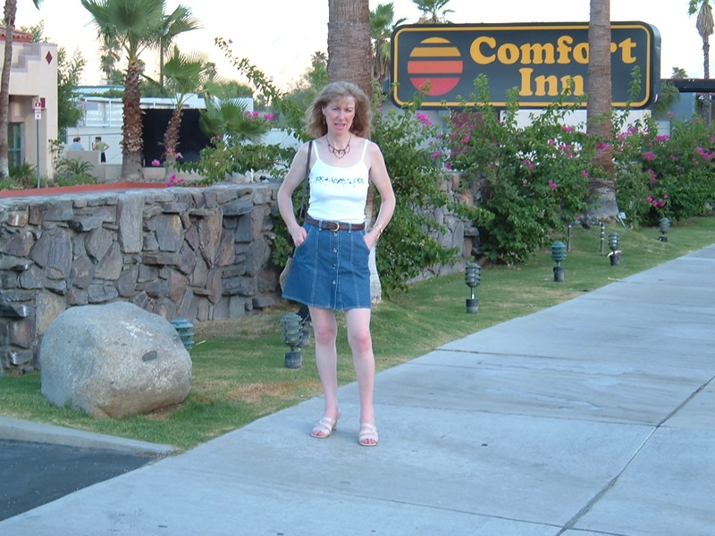 Palm Springs California - Carmel up bright and early for the Village Pub again
